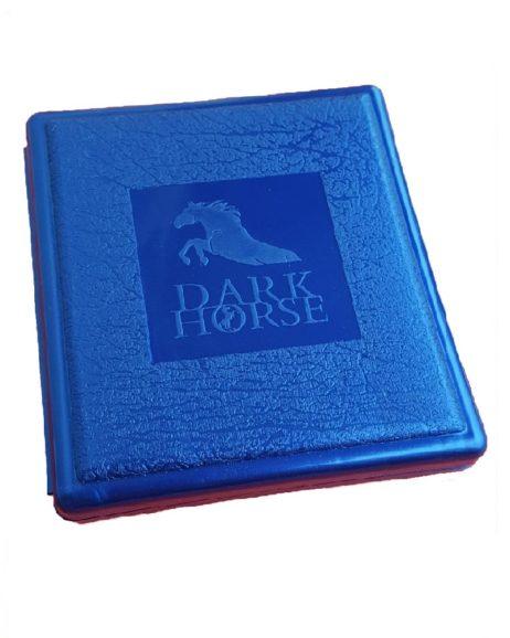 tabachera-plastic-dark-horse