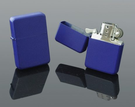 zippo albastra